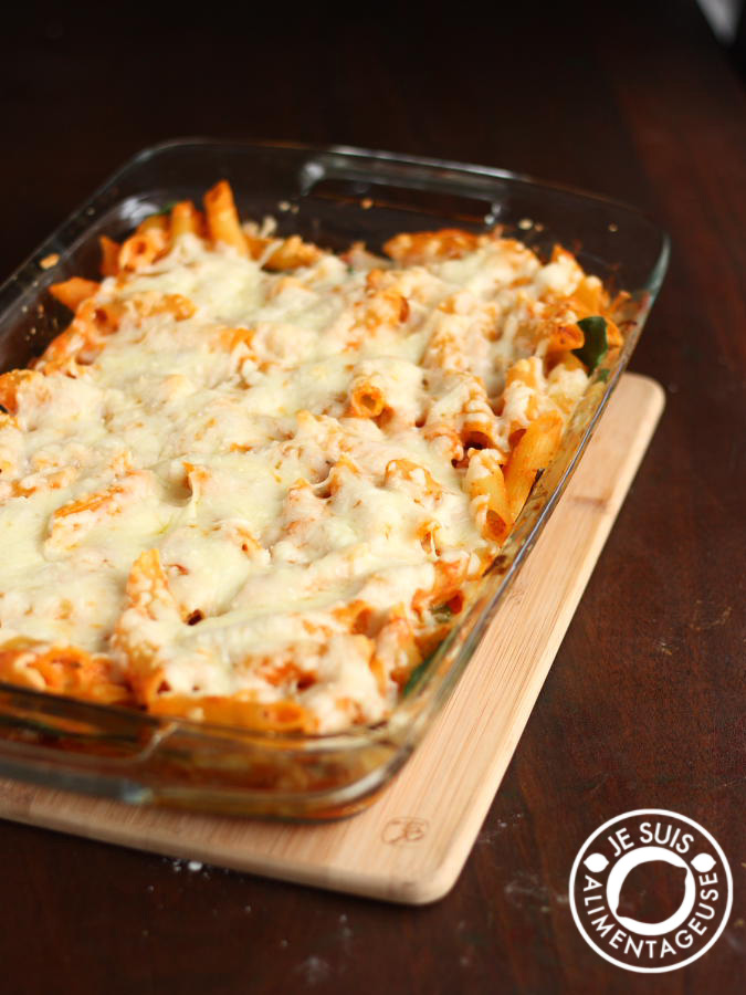Ricotta Penne Bake by alimentageuse.com #dinner #vegetarian #pastaRicotta Penne Bake