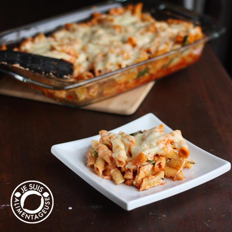 Ricotta Penne Bake by alimentageuse.com #dinner #vegetarian #pasta