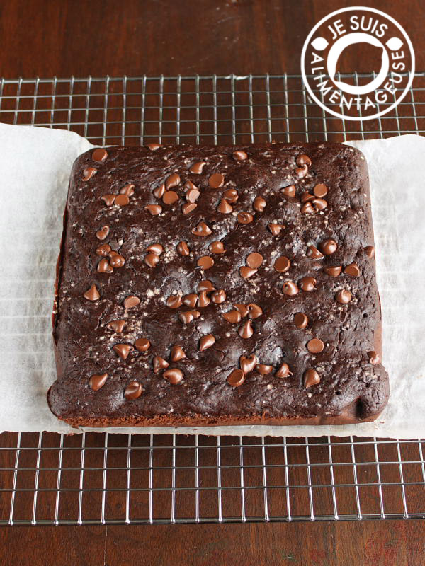 Black Bean Brownies with Fleur de Sel from alimentageuse.com
