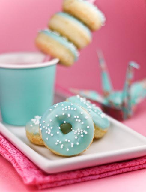 Sprinkle-Bakes-Vanilla-Bean-Baby-Doughnuts