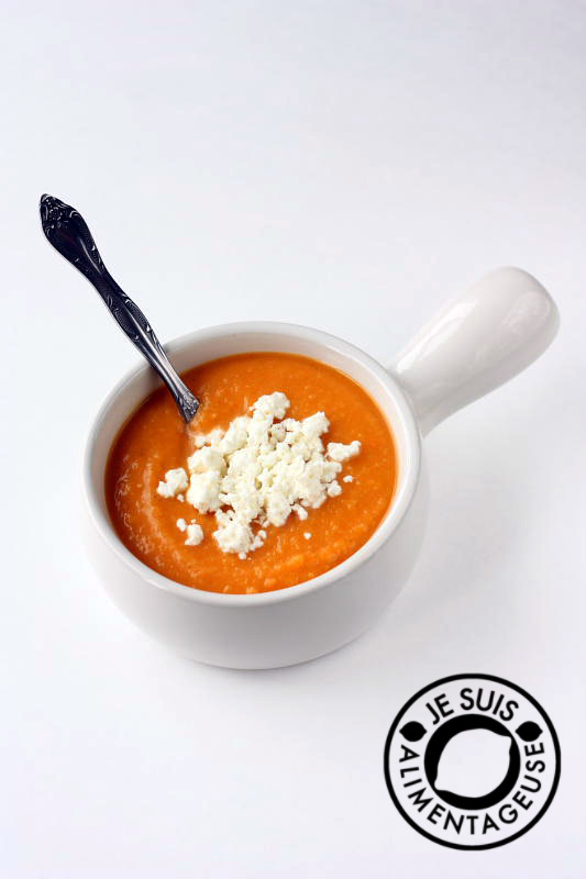 Creamy sweet potato soup with goat cheese from alimentageuse.com