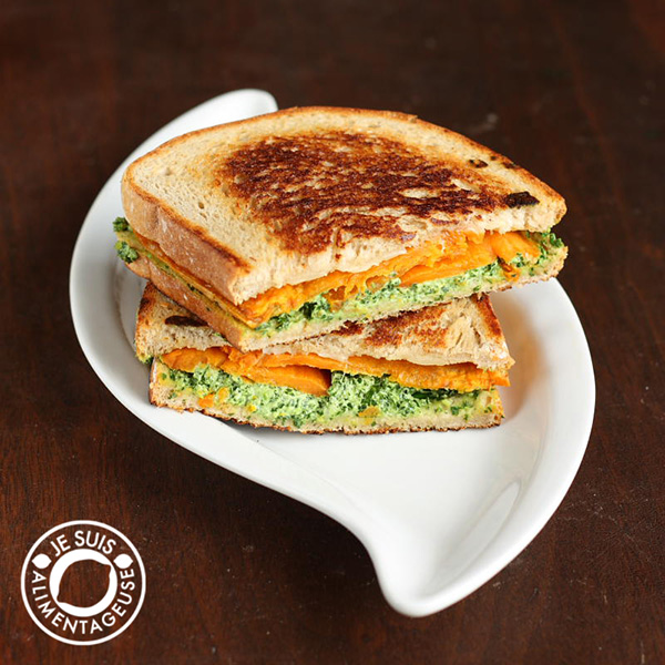 Happy #Grilled #Cheese month! Sweet Potato Pesto Grilled Cheese from alimentageuse.com