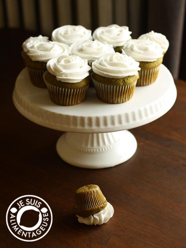Green Tea #Cupcakes, inspired by Starbucks' #Green #Tea #Frappucino | alimentageuse.com #desserts