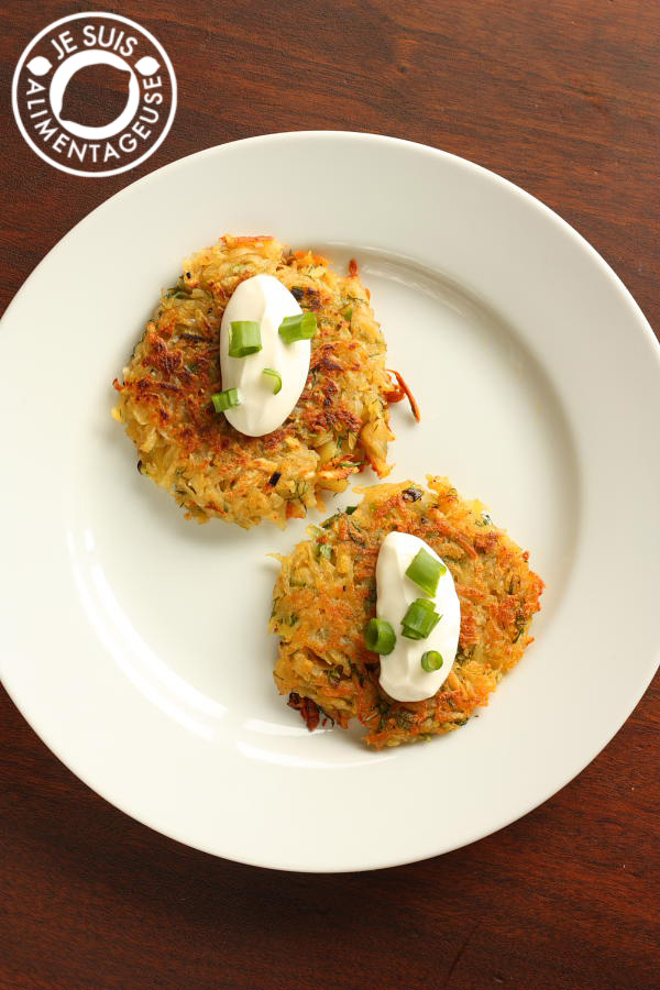 Crispy Scallion Potato Pancakes #breakfast #potatoes | alimentageuse.com