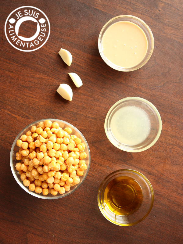 Find out what the secret is to creamy hummus!   alimentageuse.com #appetizers #hummus #healthy #vegan