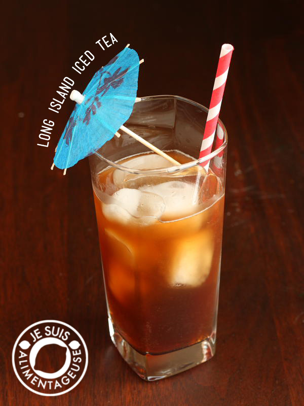 Cool off this summer with a batch of your own long island iced tea. No mixes required! alimentageuse.com #summer #drinks
