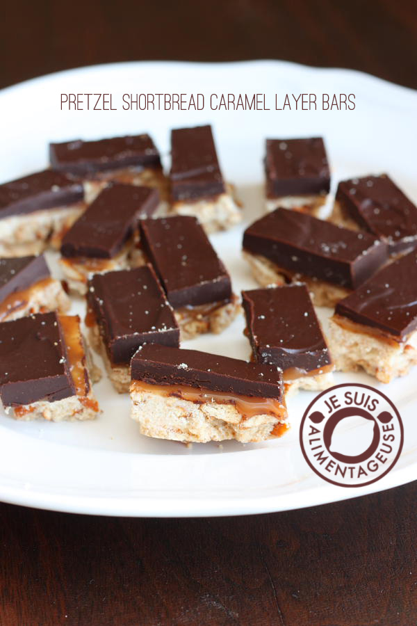 Pretzel Shortbread Caramel Layer Bars - The browned butter in the shortbread just makes these bars amazing. | alimentageuse.com #browned #butter #pretzels #shortbread
