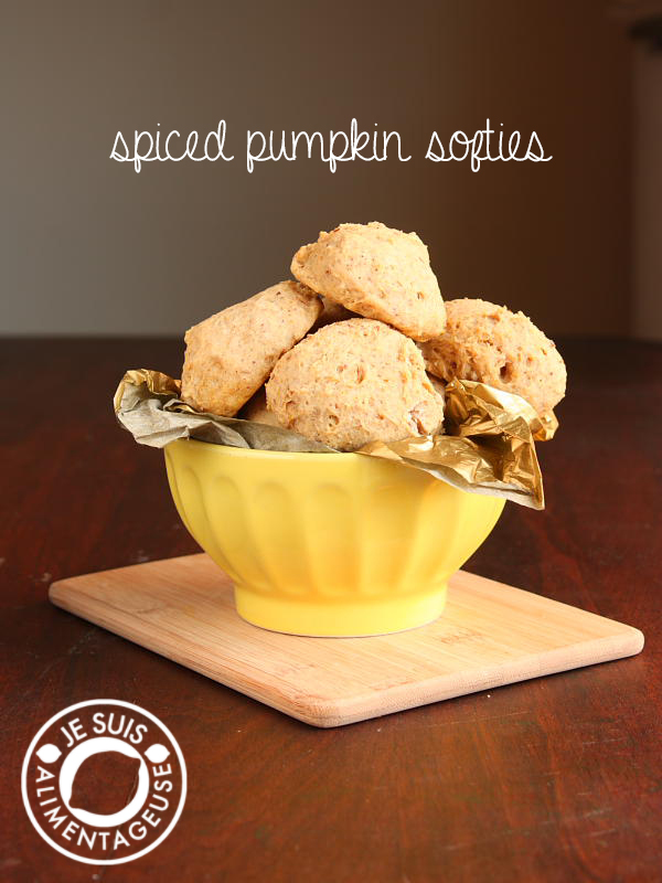 Spiced Pumpkin Softies | alimentageuse #cookies #potluck #pumpkin #vegan
