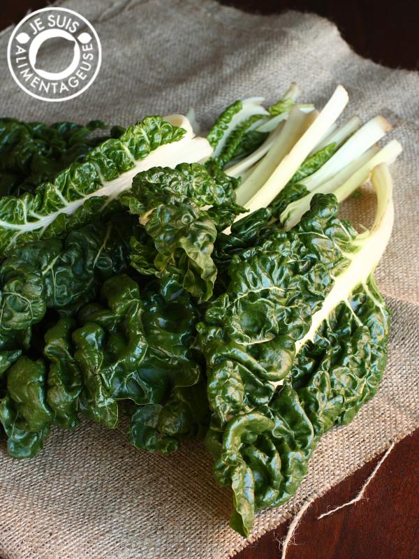Garlicky Greens | alimentageuse.com | #vegan #thanksgiving #sides #green