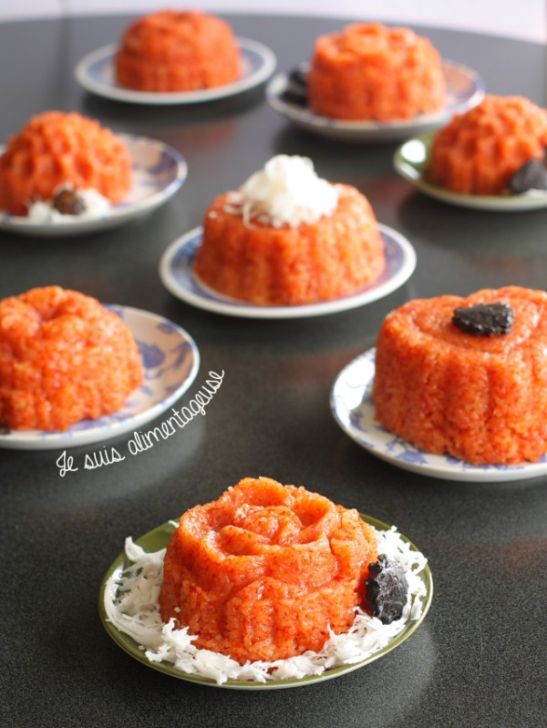 Vietnamese Xôi Gấc - Red Sticky Rice for the new year! My favourite breakfast in Vietnam =) | alimentageuse.com #vietnamese #glutenfree #vegan #sticky #rice