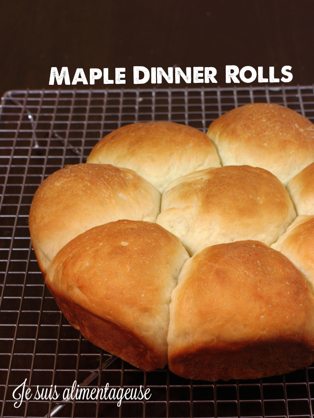 Vegan Maple Dinner Rolls - Soft, fluffy and filling rolls with a hint of maple flavour