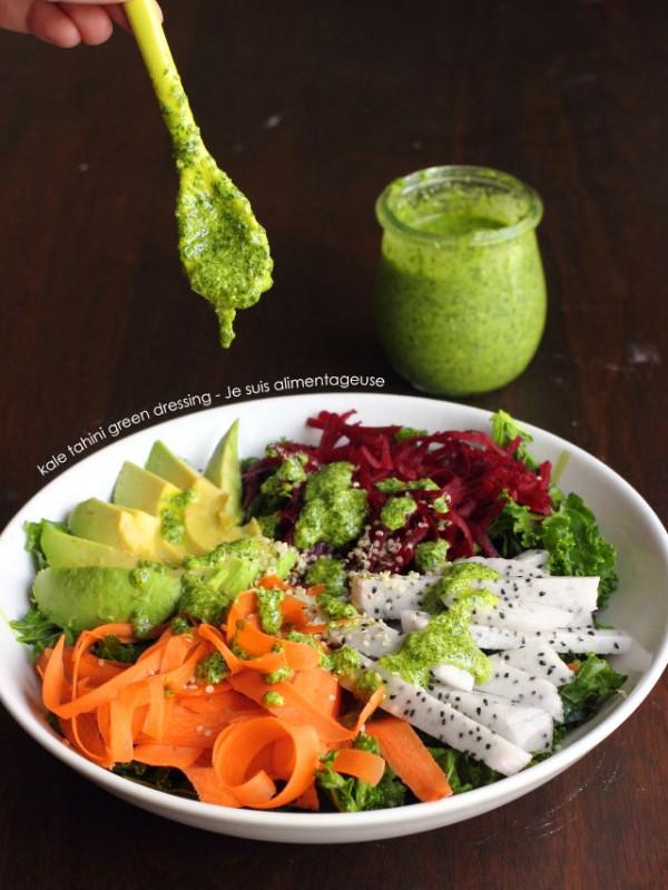 Kale Tahini Green Dressing | Je suis alimentageuse | #vegan #glutenfree #kale #green