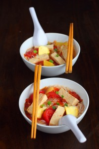 Vegan Vietnamese tamarind pineapple soup (canh chua chay) is a homemade favourite full of tamarind flavour, sweetness from pineapples and tomatoes, and spice from dried chili flakes.