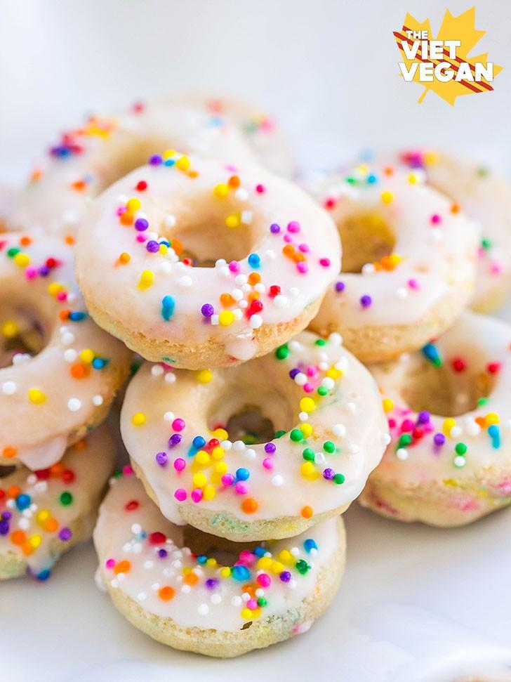 Vegan Funfetti Donuts