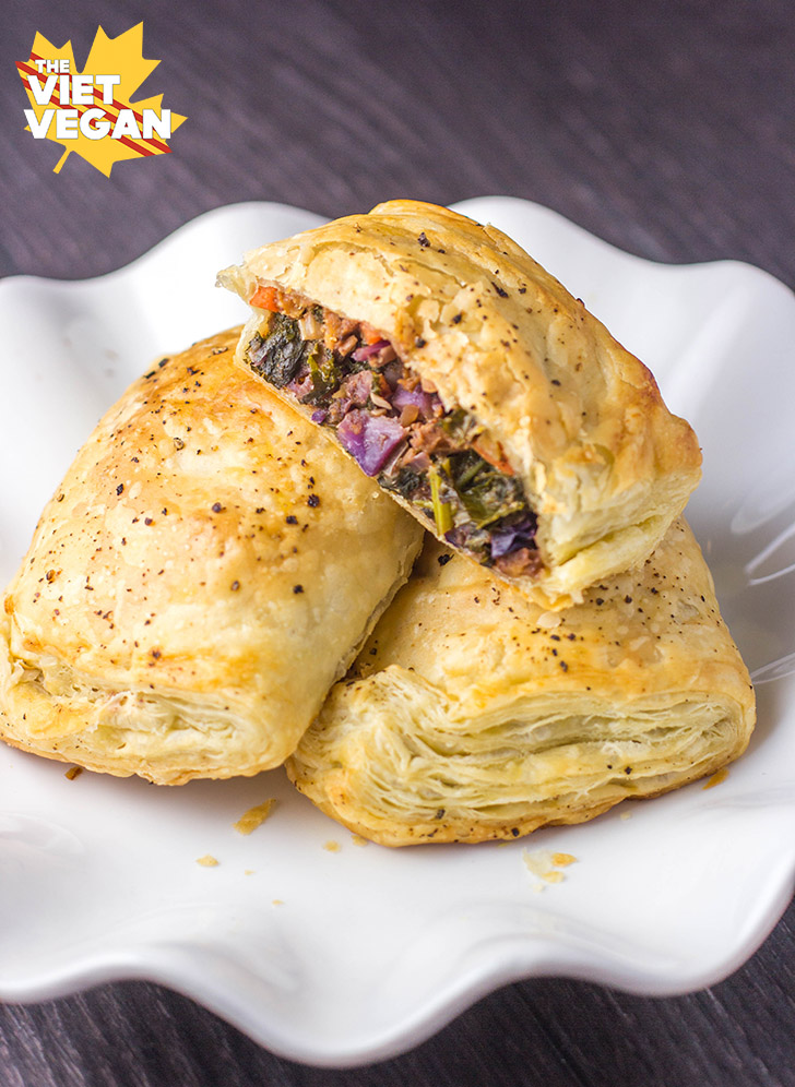 Vegan Sausage Puffs | The VIet Vegan | Turn the remnants of your fridge into a delicious pastry for dinner!