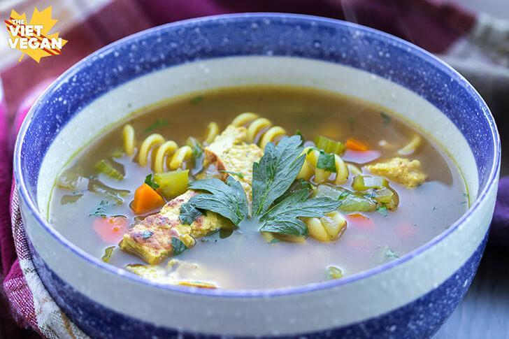 Vegan Chicken Noodle Soup | The Viet VeganVegan Chicken Noodle Soup | The Viet Vegan