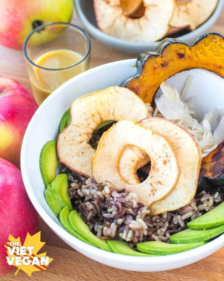 Probiotic Apple Crunch Squash Bowl | The Viet Vegan