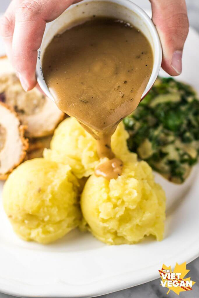 Vegan Thanksgiving! Creamed Spinach and Classic Mashed Potatoes