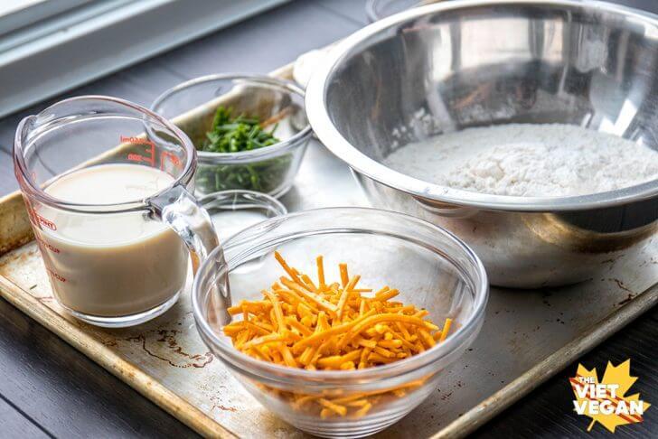 Vegan Cheddar Chive Scones | The Viet Vegan