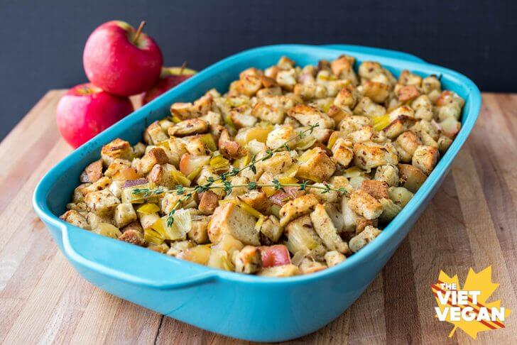 Vegan Stuffing with Leek and Apple | The Viet Vegan