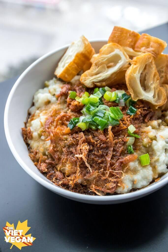 Cháo Đậu Xanh Chay – Vegan Rice Porridge with Green Mung Beans