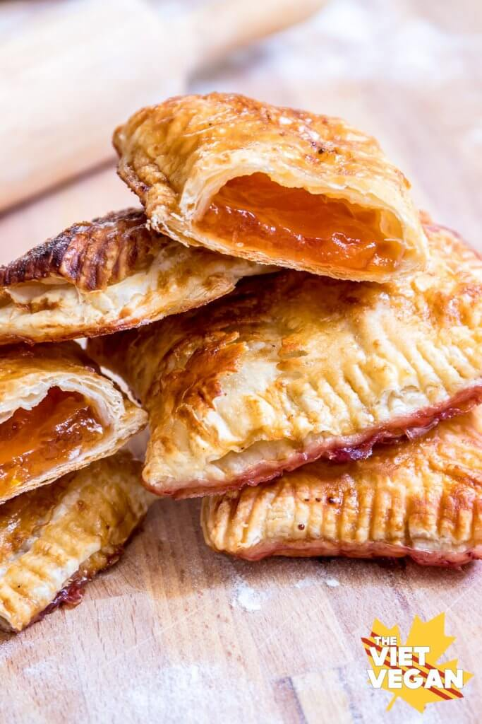 Vegan Puff Pastry Jam Pockets