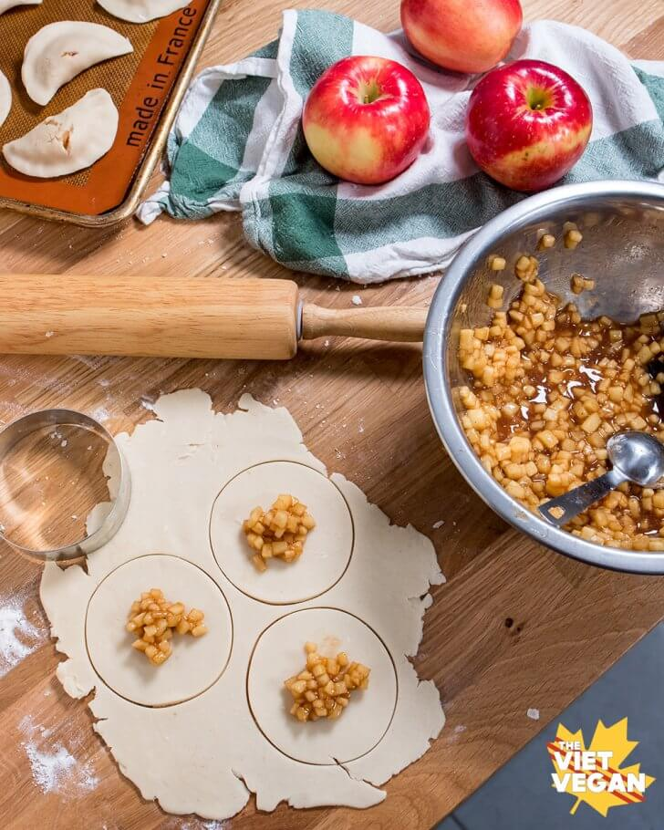 SweeTango-Apple-Hand-Pies-filling-hand-pies
