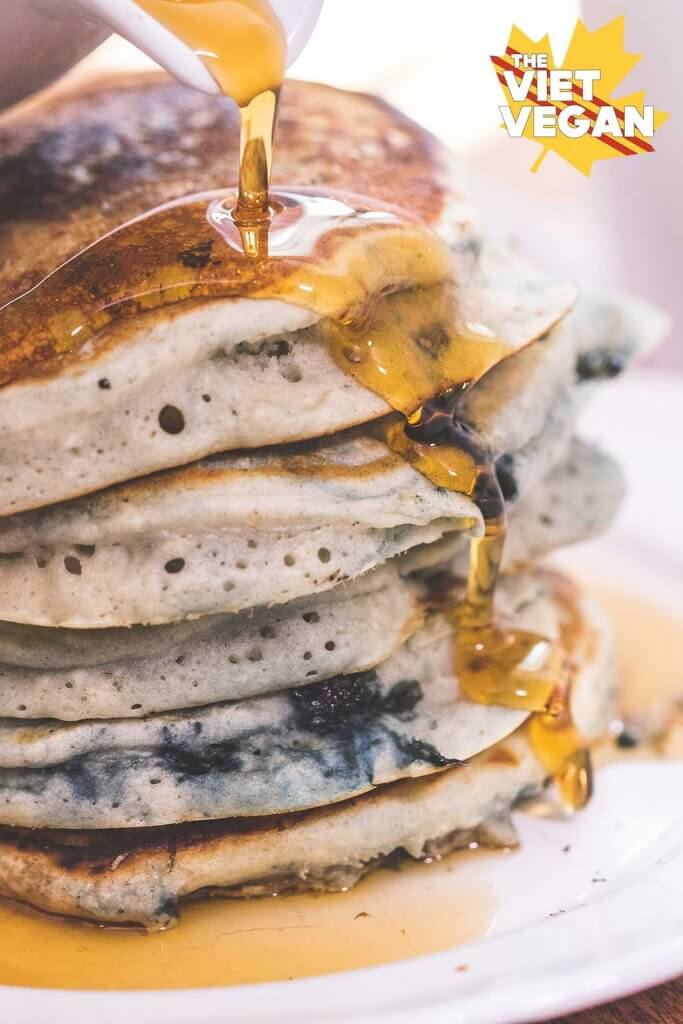 Fluffy Vegan Blueberry Pancakes