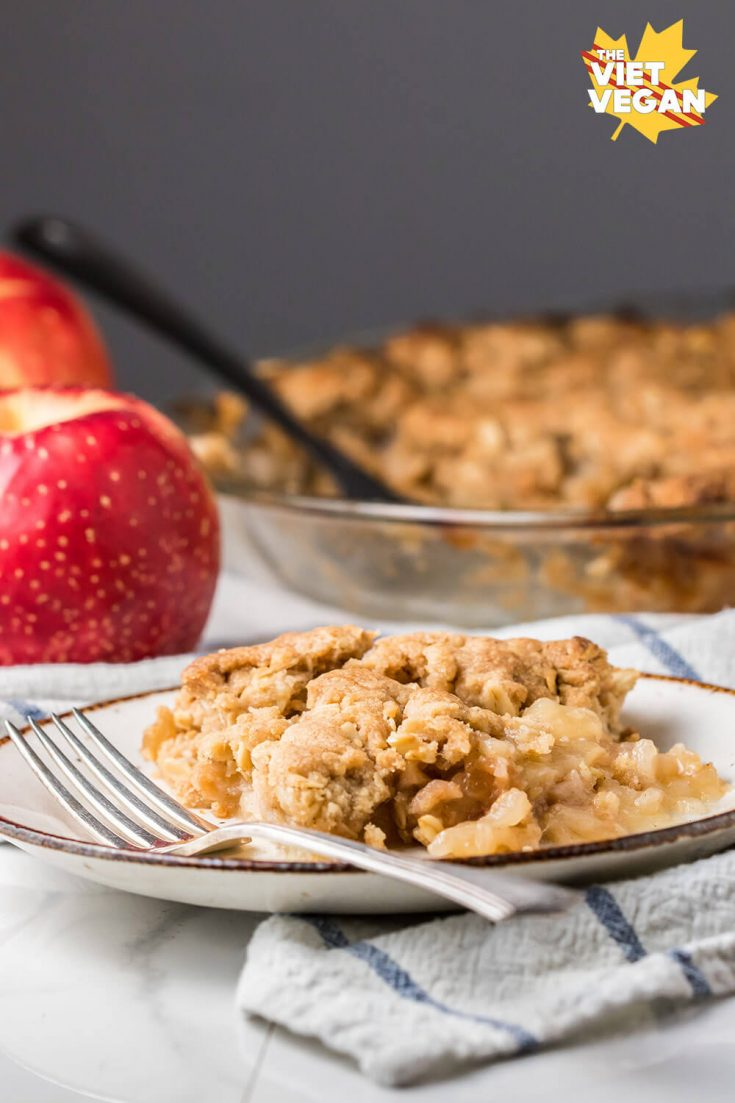 Vegan Apple Crisp | The Viet Vegan