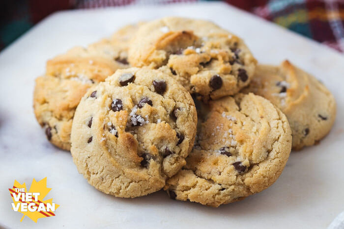 vegan cannabutter cookies close up