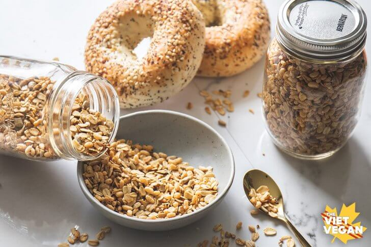 Vegan Everything Bagel Granola | The Viet Vegan