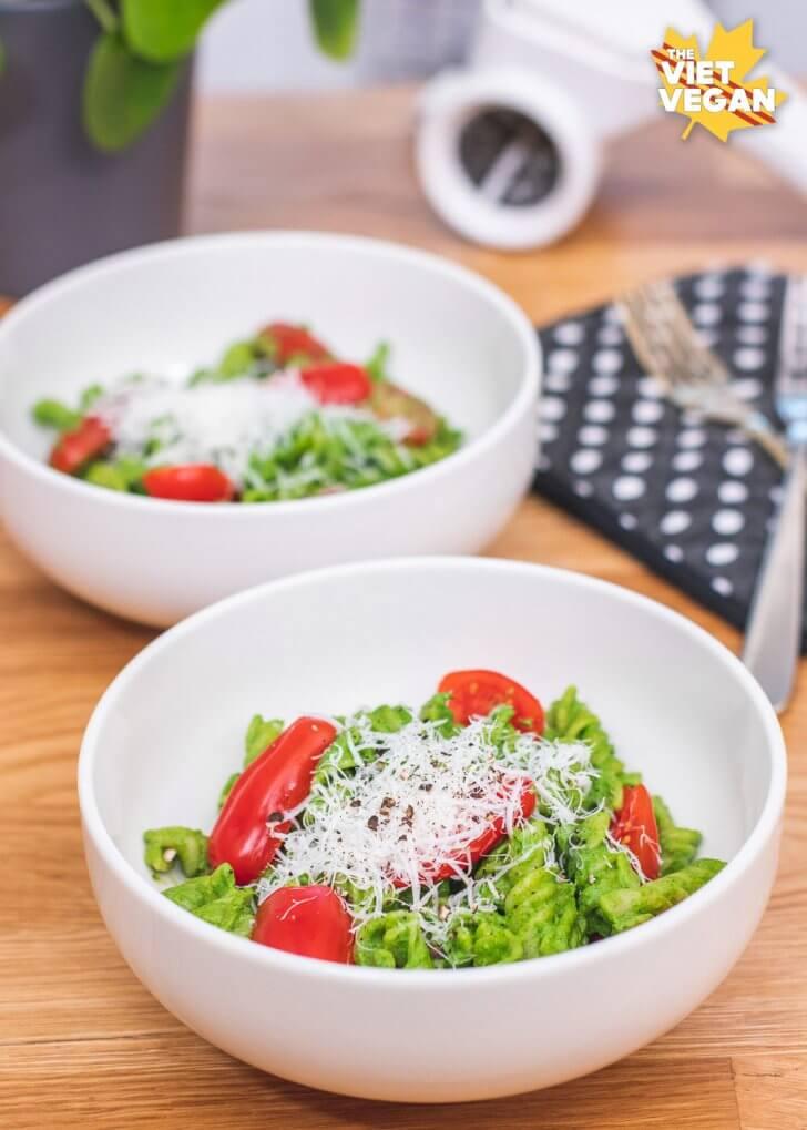 Vegan Miso Spinach Pesto Pasta